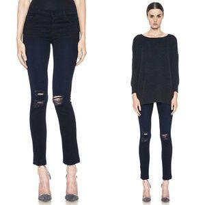 🐿J BRAND Distressed Skinny Jeans